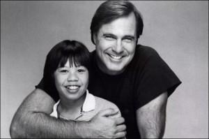 Ernie e Gil Gerard em 'O Pequeno Mestre' (Foto: ABC/Arquivo)
