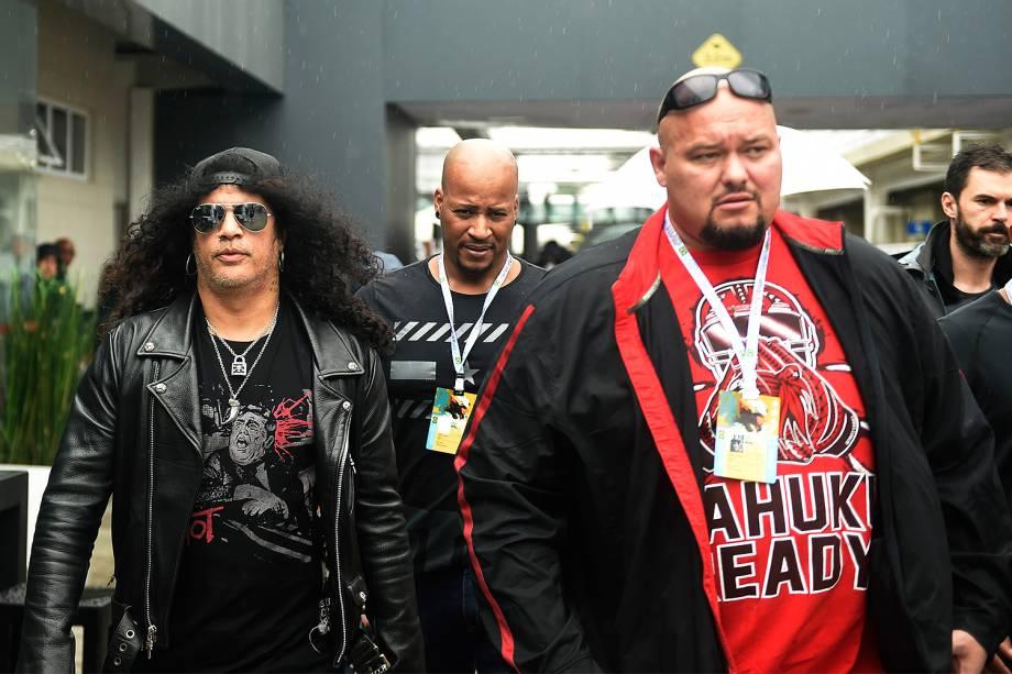 O guitarrista Slash, da banda Guns N'Roses, comparece ao Grande Prêmio do Brasil de Fórmula 1, realizado no Autódromo de Interlagos, zona sul de São Paulo (SP) - 13/11/2016