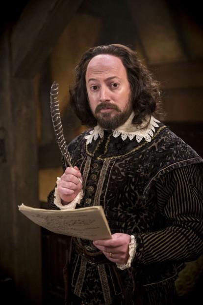 David Mitchell como Shakespeare. (Foto: Colin Hutton/BBC)