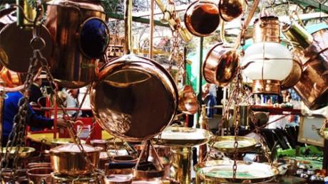 ) As feiras de antiguidade não são um charme à parte