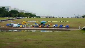 Acampamento: MBL quer encher gramado