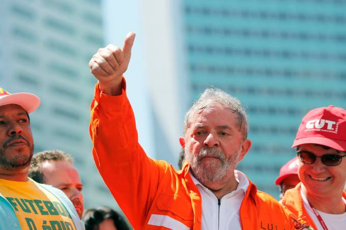Brazil's former president da Silva gives the thumbs-up during a demonstration in Rio de Janeiro