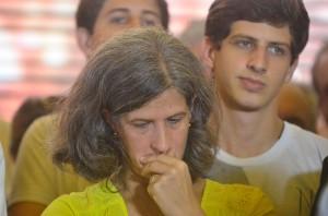 Renata e filhos voltam hoje ao Recife