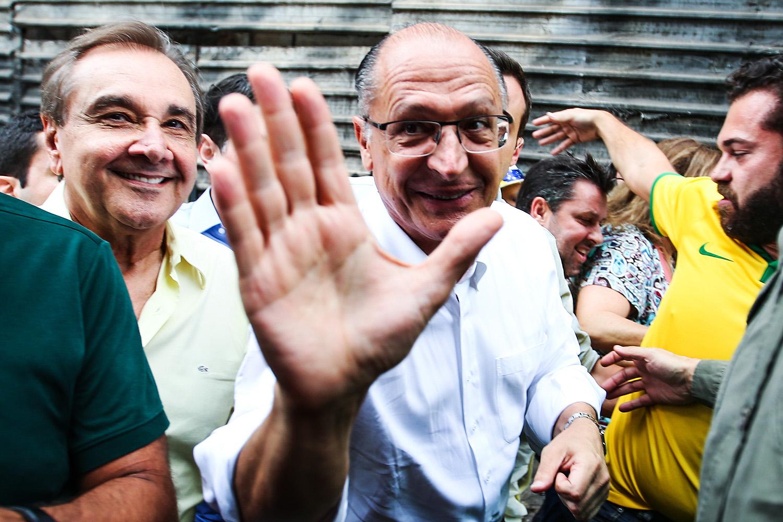 Geraldo Alckmin e o senador Agripino Maia (DEM-RN) na manifestação