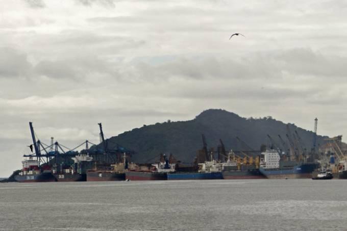 alx_economia-porto-paranagua-20110504-01_original