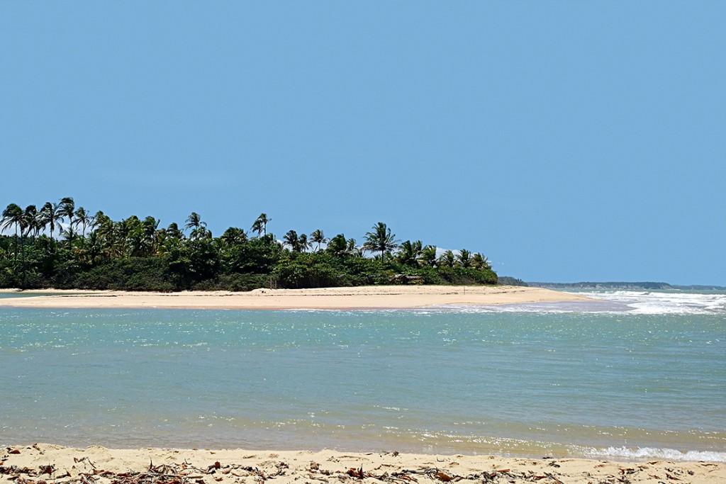 Caraiva - coast of Bahia Beach