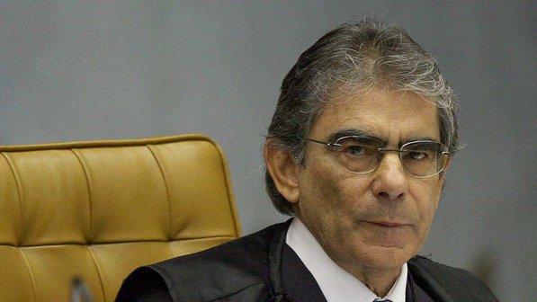 carlos-ayres-ministro-20070527-size-598