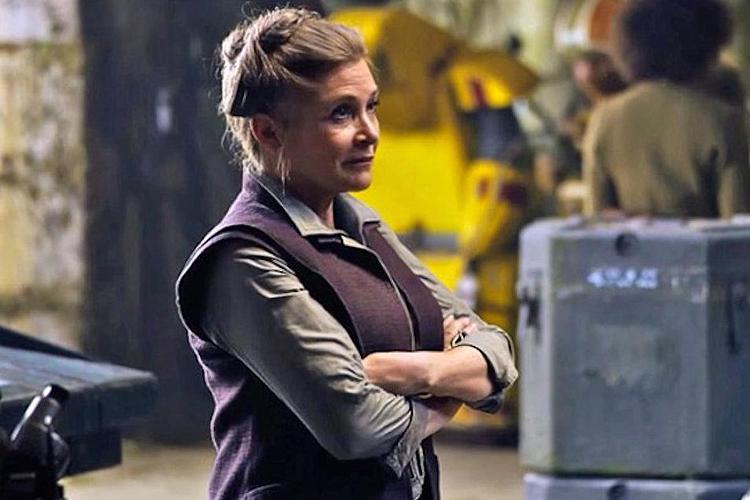 Carrie Fisher como General Leia em Star Wars: O Despertar da Força.