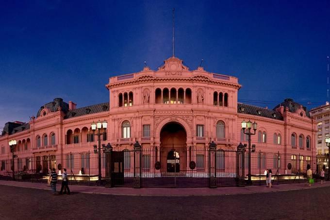 Casa Rosada na Praça de Maio em Buenos Aires, Argentina. Crédito Ryan Poole
