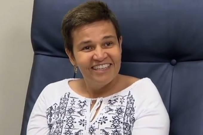 Claudia Rodrigues é entrevistada pelo 'Domingo Espetacular'