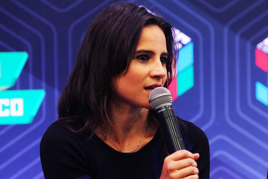 A atriz Bianca Comparato concede entrevista coletiva sobre a série ´3%´, da Netflix, durante o quarto dia da Comic Con Experience - 04/12/2016