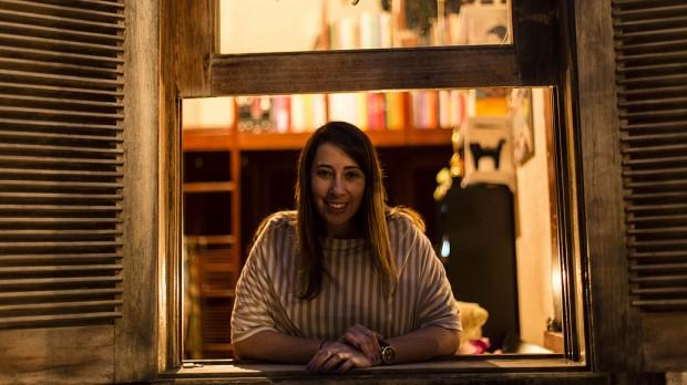 A escritora Paula Pimenta (foto: Leo Drumond/Nitro)