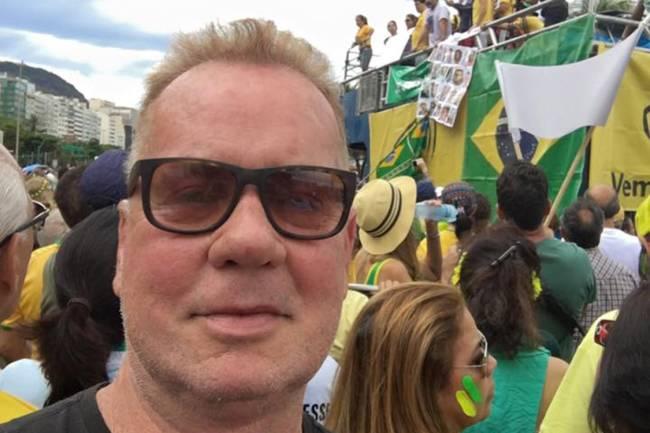 famosos-protesto-20161204-030