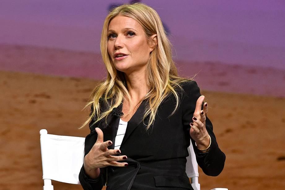 Gwyneth Paltrow dá palestra durante evento do aplicativo Airbnb em Los Angeles, na Califórnia
