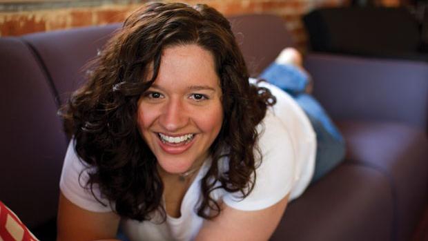 A escritora Kiera Cass (Foto: Divulgação)