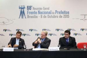 Frente Nacional de Prefeitos: apoio à CPMF em troca de repasses federais