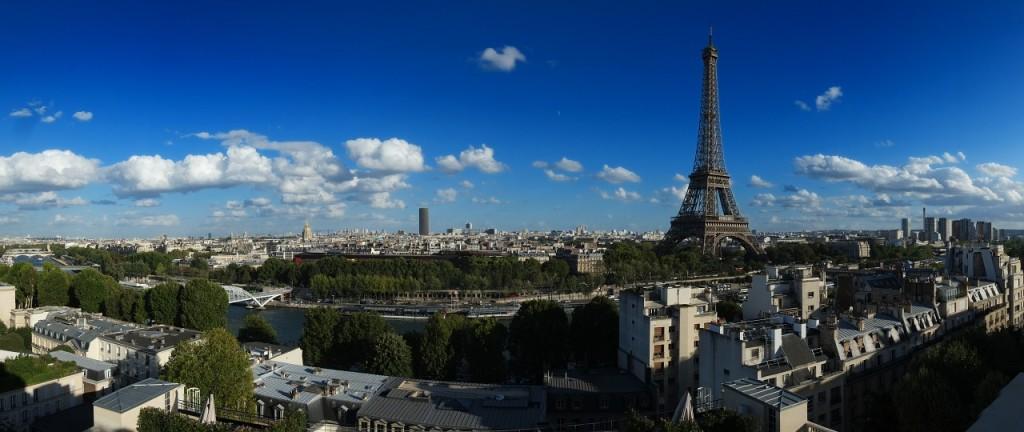 Vista geral de Paris com a Torre Eiffel