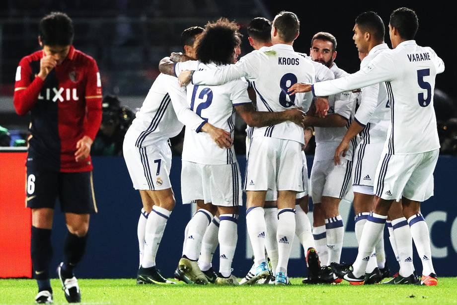 Jogadores do Real Madrid comemoram o gol durante a partida contra o Kashima Antlers pela final do Mundial de Clubes da Fifa, em Yokohama, no Japão - 18/12/2016