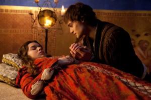 sol, que tudo vê, nada vê que possa se igualar à mulher amada, diz Shakespeare em Romeu e Julieta