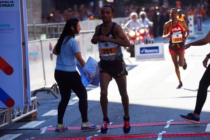 O etíope Leul Aleme vence a prova masculina da São Silvestre
