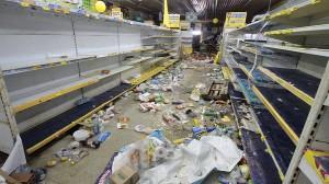 Supermercado saqueado no Recife (Bobby Fabisak/JC Imagem/Estadão Conteúdo)
