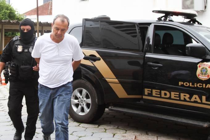 Sérgio Cabral é transferido para Curitiba