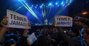 Virada Cultural de SP teve protestos contra Temer