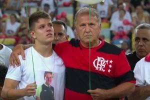 Zico abraça Mateus, o filho de Sandro Pallaoro, presidente da Chapecoense morto no acidente