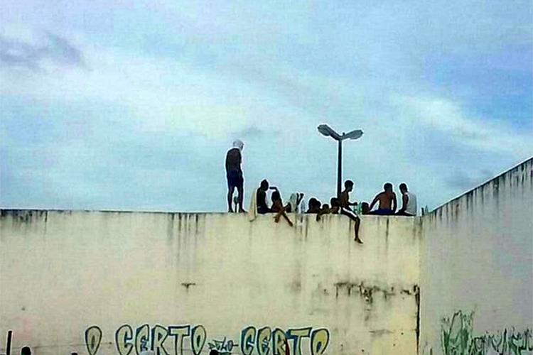 Detentos fazem rebelião no maior presídio do Rio Grande do Norte - 14/01/2017