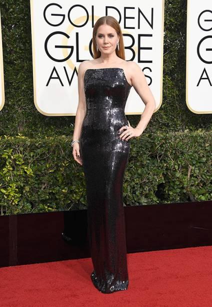 A atriz Amy Adams chega para o Globo de Ouro 2017, em Los Angeles