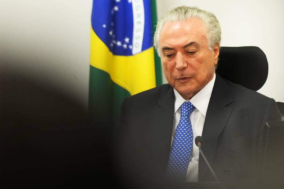O presidente da República, Michel Temer, coordena reunião do Núcleo de Infraestrutura, no Palácio do Planalto, em Brasília (DF). Um dos principais objetivos do encontro é discutir a retomada de grandes obras do Programa de Aceleração do Crescimento (PAC) - 11/01/2017