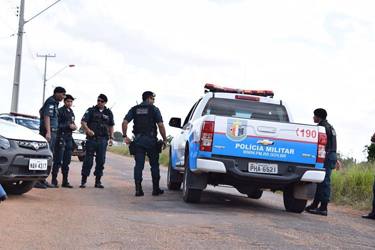 Movimentação de policiais nos arredores da Penitenciária Agrícola de Monte Cristo, em Boa Vista (RR), onde ao menos 33 presos foram mortos - 06/01/2017