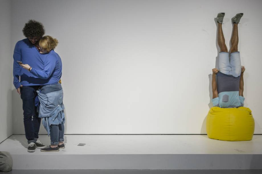 Exposição 'Erwin Wurm - O Corpo É a Casa'