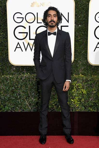 O ator Dev Patel chega para o Globo de Ouro 2017, em Los Angeles