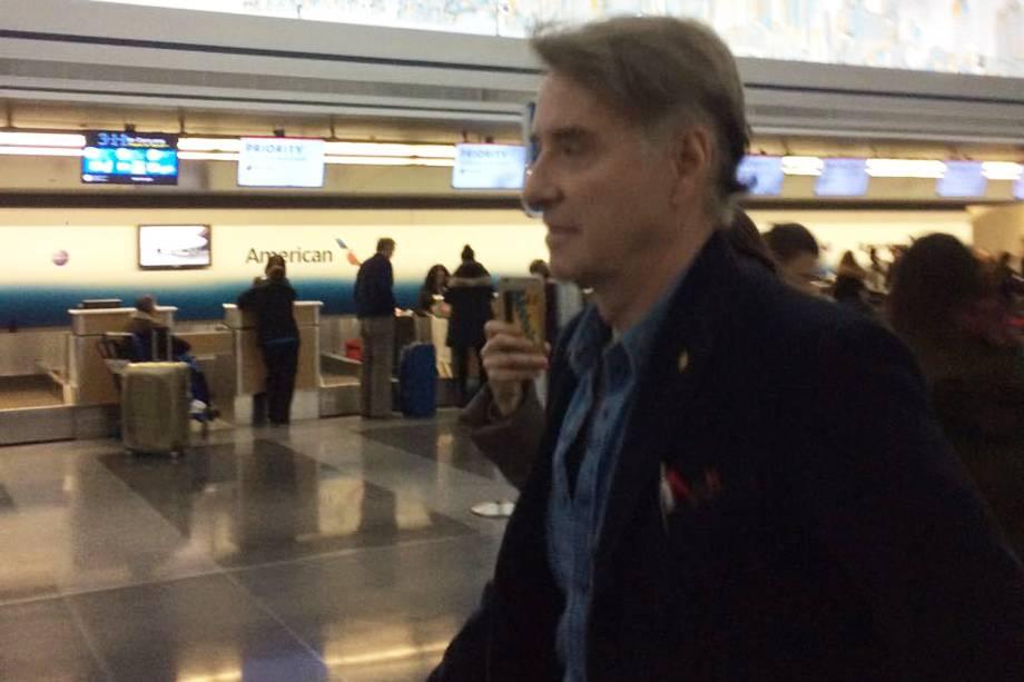 O empresário Eike Batista, procurado pela Polícia Federal por conta da Operação Eficiência, desdobramento da Operação Lava Jato, embarca rumo ao Brasil no aeroporto JFK em Nova York nos Estados Unidos