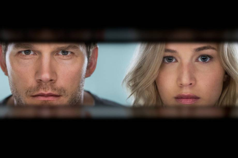 Jim Preston (Chris Pratt) e Aurora (Jennifer Lawrence) no filme 'Passageiros'