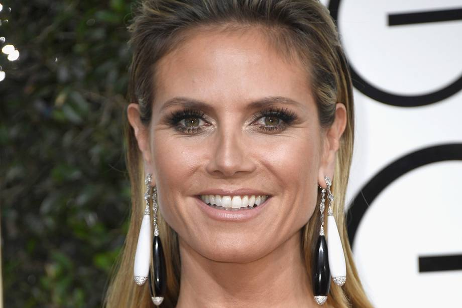 BEVERLY HILLS, CA - JANUARY 08:  TV Personality Heidi Klum attends the 74th Annual Golden Globe Awards at The Beverly Hilton Hotel on January 8, 2017 in Beverly Hills, California.  (Photo by Frazer Harrison/Getty Images)