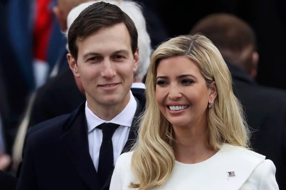 Jared Kushner e sua esposa Ivanka Trump durante a posse do presidente eleito dos Estados Unidos, Donald Trump, em Washington