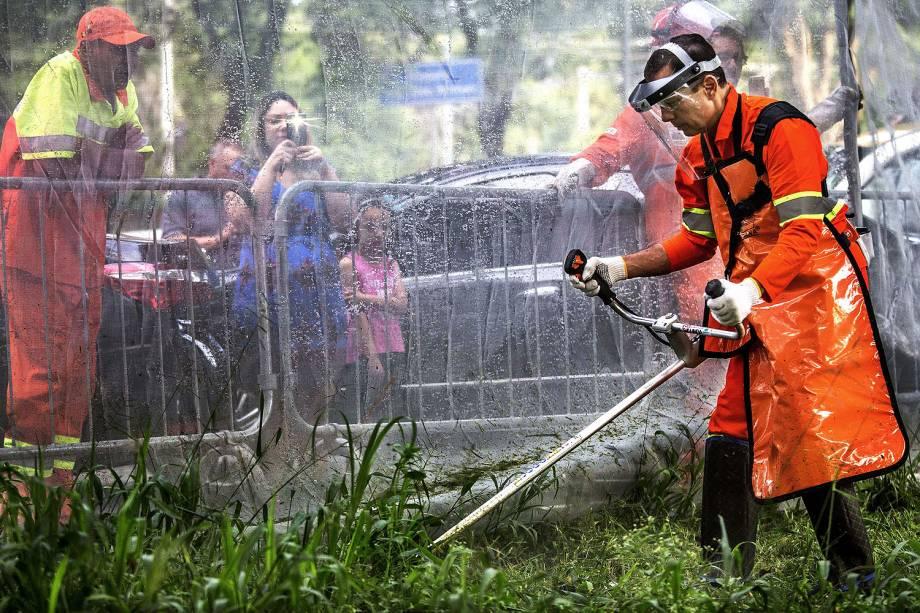 O prefeito João Doria participa da operação cidade linda, de limpeza e zeladoria urbana, na Praça Bento de Camargo Barros, bairro da Luz - 28/01/2017