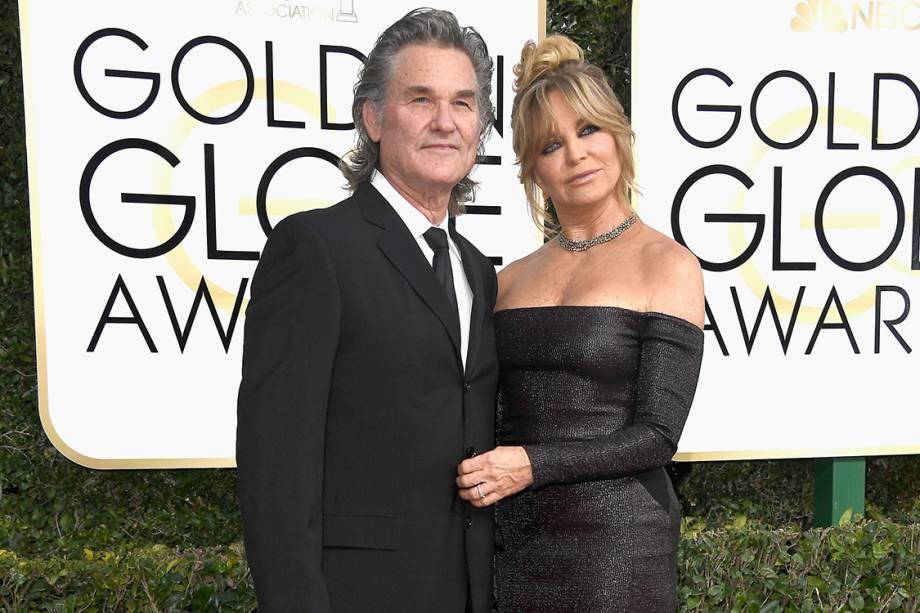 O ator Kurt Russell e a atriz Goldie Hawn chegam para o Globo de Ouro 2017, em Los Angeles