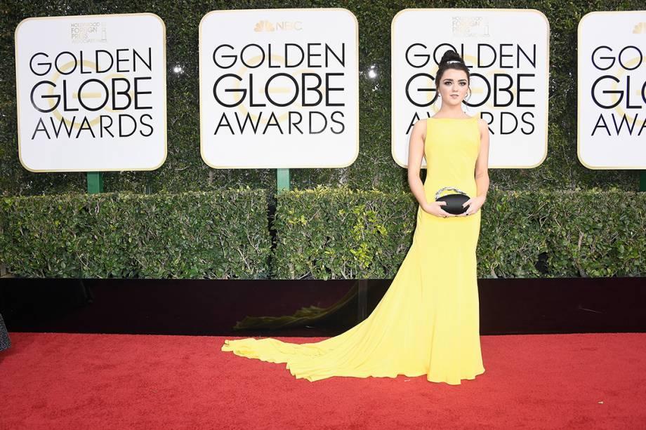 A atriz Maisie Williams chega para o Globo de Ouro 2017, em Los Angeles