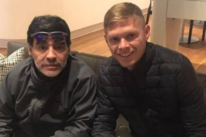 Diego Maradona e Marlone em foto postada pelo brasileiro