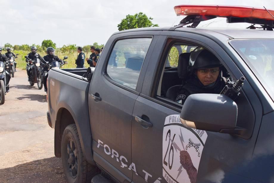 Força Tarefa chega na Penitenciária Agrícola de Monte Cristo, em Boa Vista, Roraima, para conter rebelião