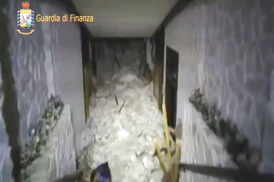 Avalanche atinge o Hotel Rigopiano em Farindola, na região central da Itália, após sequência de terremotos - 19/01/2017