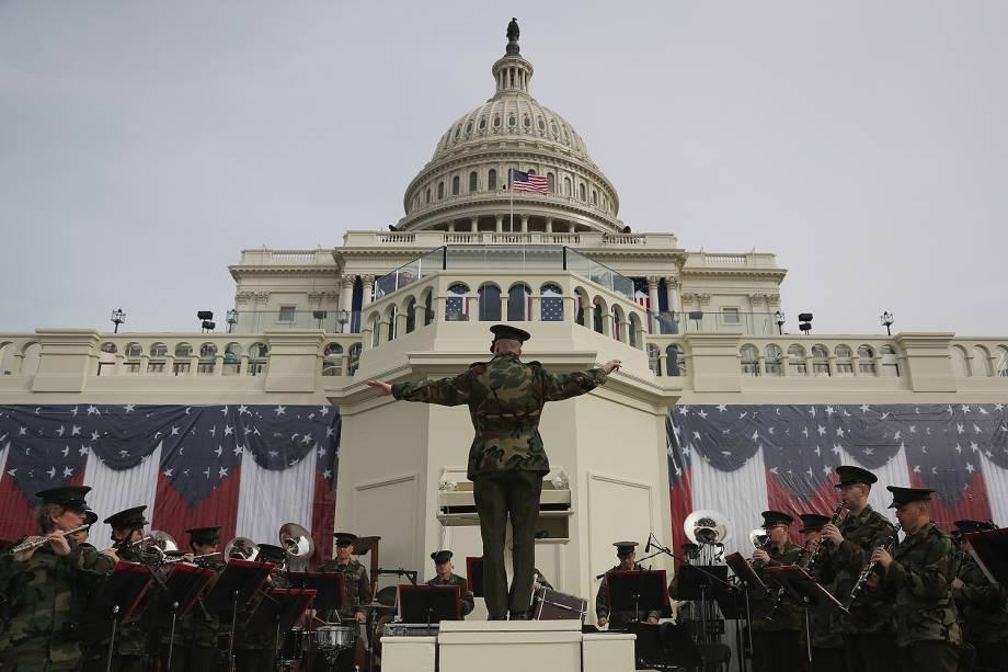 Últimos preparativos na ala oeste do Capitólio são feitos  para a posse de Trump