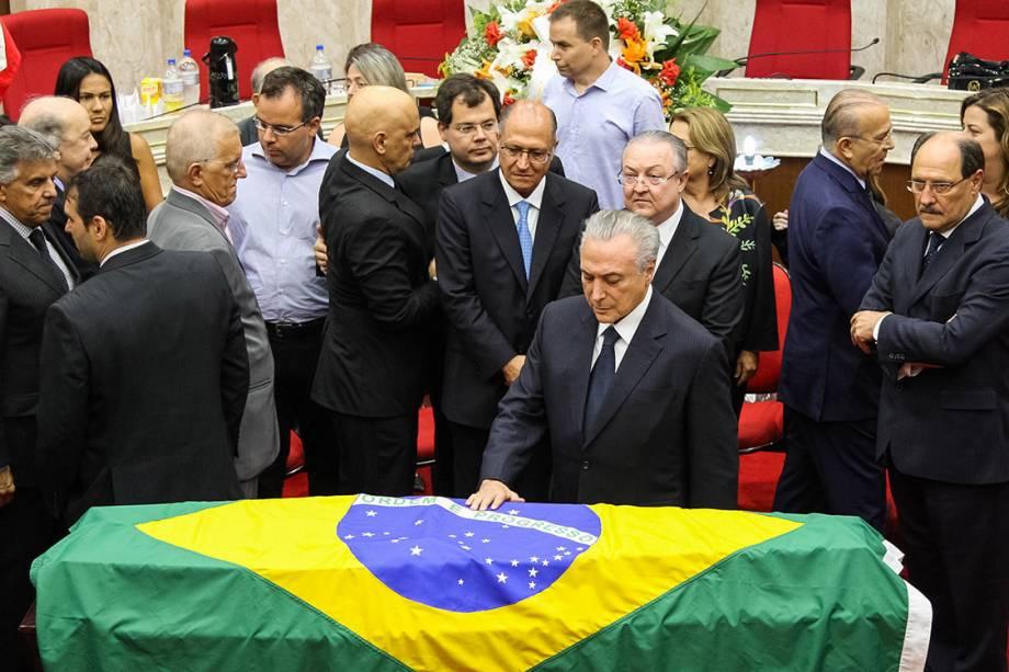 Presidente Michel Temer durante o velório do ministro do STF Teori Zavascki, em Porto Alegre