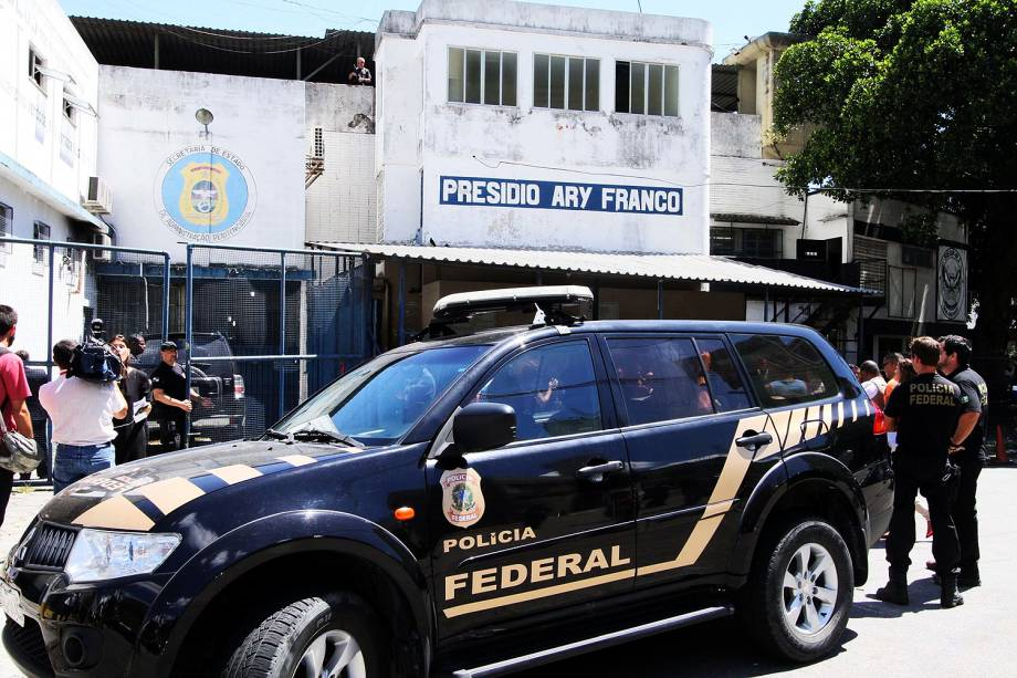 Eike Batista chega ao presídio Ary Franco após ser preso no Rio - 30/01/2017
