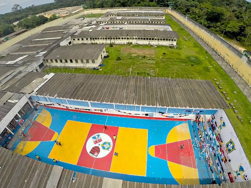 Foto aérea mostra o Complexo Penitenciário Anísio Jobim, em Manaus, no Amazonas