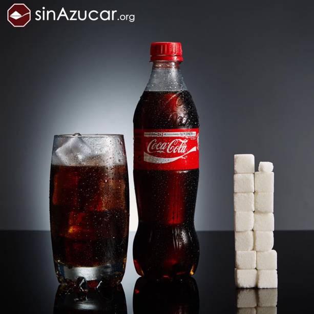 Uma garrafa de 500 ml de Coca-Cola tem 53 g de açúcar