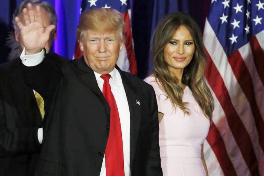 O presidente eleito dos Estados Unidos, Donald Trump, ao lado de sua mulher Melania Trump